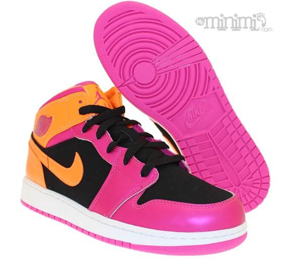 Jordan 1 mid - Rose et Orange #nike #swoosh #rose #orange #jordan #jordan1 #kids #enfant #basket #girl #boy #girly