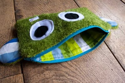 Cute monster zippies - several cute project pics - very simple, but the kids would love 'em!  Inspiration :)