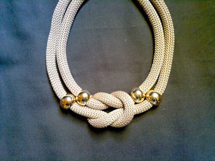 gold element sand necklace