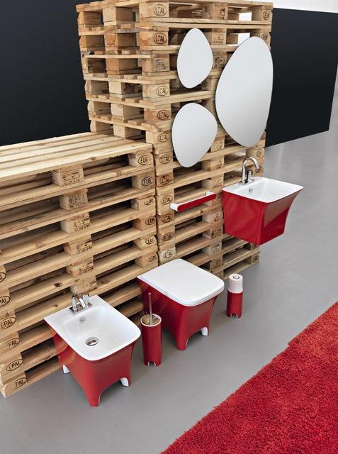 Cow, design Meneghello Paolelli Associati #sanitari #bagno #design #bathroom #red