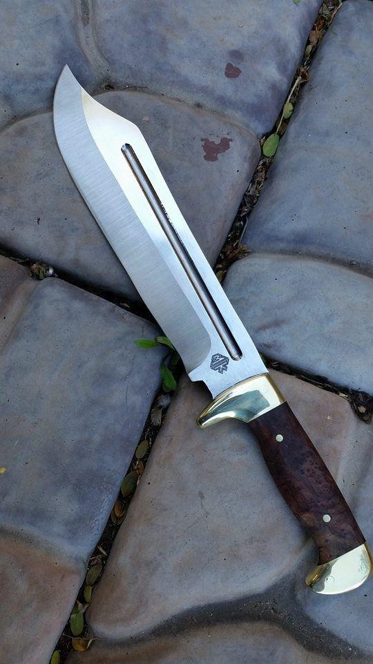 McDaniel Knives :: full tang Dundee