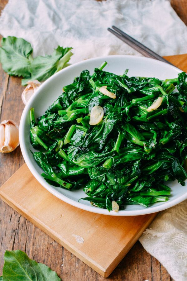 Pea tips are the sweet, tender leaves of the pea plant. Stir-fried with garlic, it's a simple, amazingly delicious dish. Check out our quick, easy recipe.