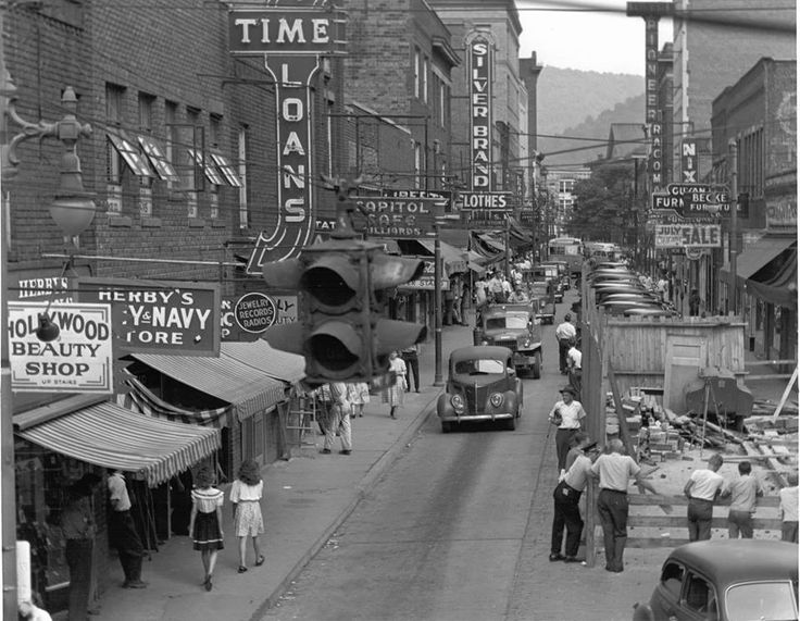 Old Picture Of Town Logan In Wv