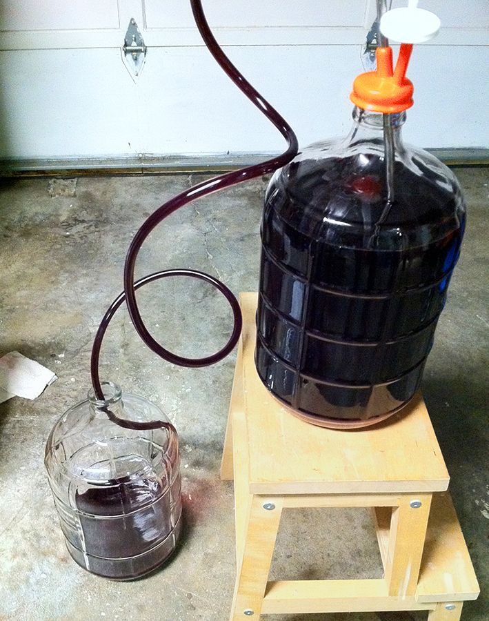 When to Move Your Homemade #Wine to a Secondary Fermenter | E. C. Kraus Winemaking Blog