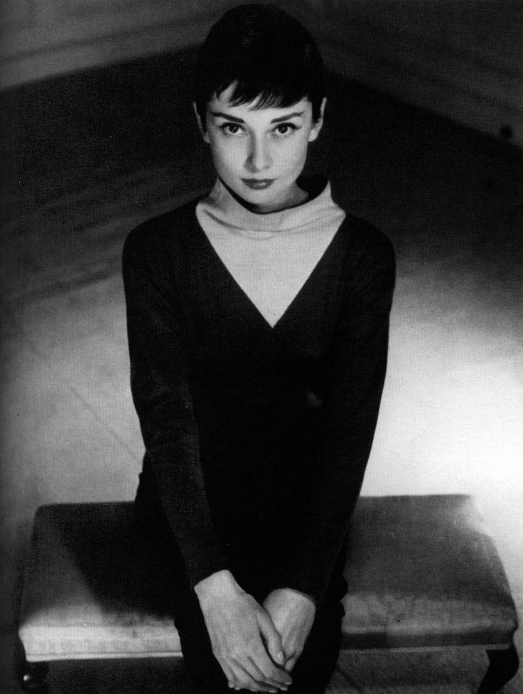 Audrey Hepburn , Fotos Citas RESUBIDO                                                                                                                                                                                 Más