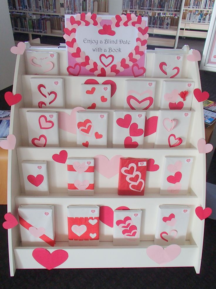 Are you looking to spice up your library lovers day on February 14th? Why not try a library blind date? Pick up one of our blind date selections and enter the draw to win a sweet surprise!