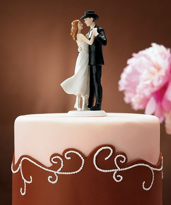 amazing wedding cake toppers 25 best ideas about cowboy wedding cakes on 10737