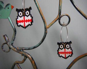 Owl perline orecchini con l'Inghilterra bandiera disegno