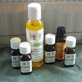 How to Treat the Flu with Homemade Thieves' Oil.  Thieves Oil recipe:      Clove Bud Oil 200 drops, Lemon Oil 175 drops, Cinnamon Oil 100 drops, Eucalyptus Oil 75 drops