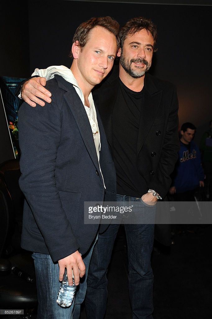 Actors Patrick Wilson (L) and Jeffrey Dean Morgan visit the Apple Store Soho March 5, 2009 in New York City.