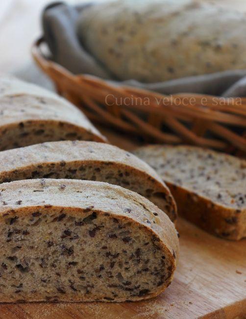 pane al farro con semi di lino