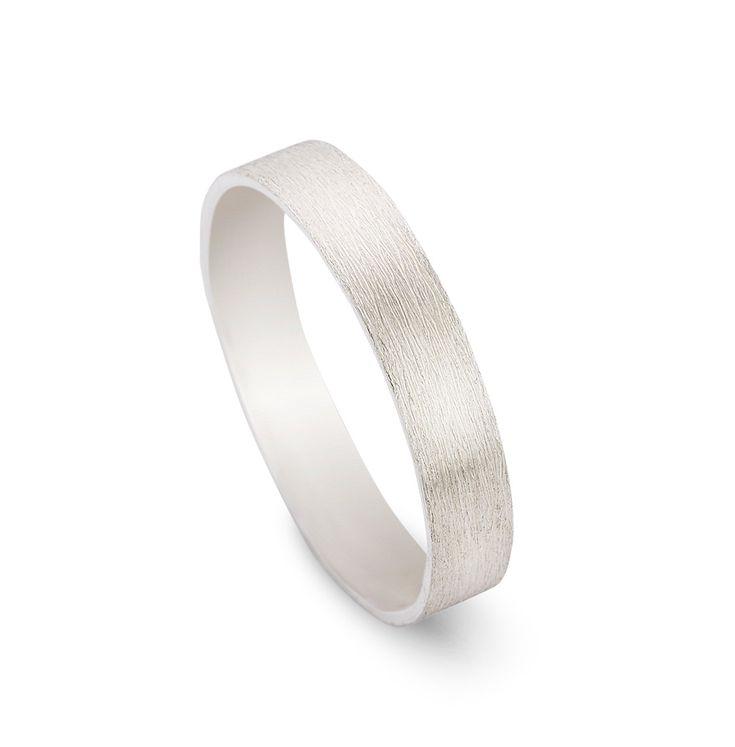 Silver SERGE. ring.  Matt brushed ring. Man ring silver. Original wedding ring for him. Handmade / custom made to fit ring. 4mm. Unique ring door LiesWambacqJewelry op Etsy