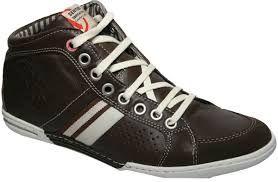 sapatênis... sapatos masculinos.