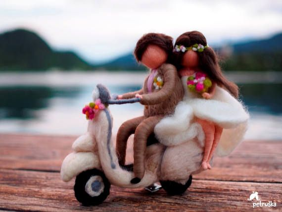 día de la boda en Vespa Vespa vintage needlefelting