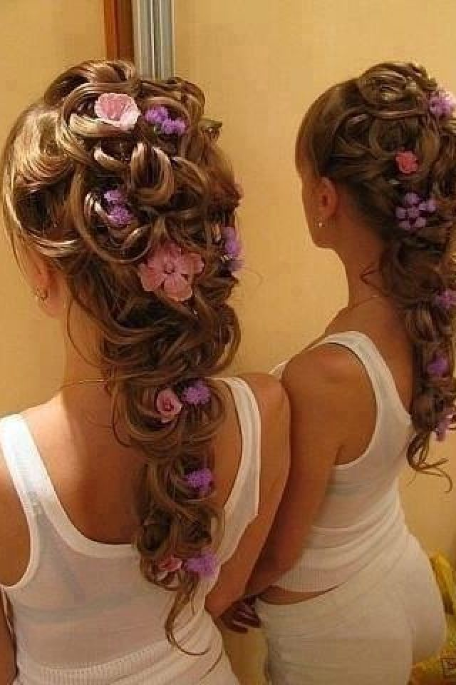 Gorgeous Hair! and you could do this with whatever flowers you're having