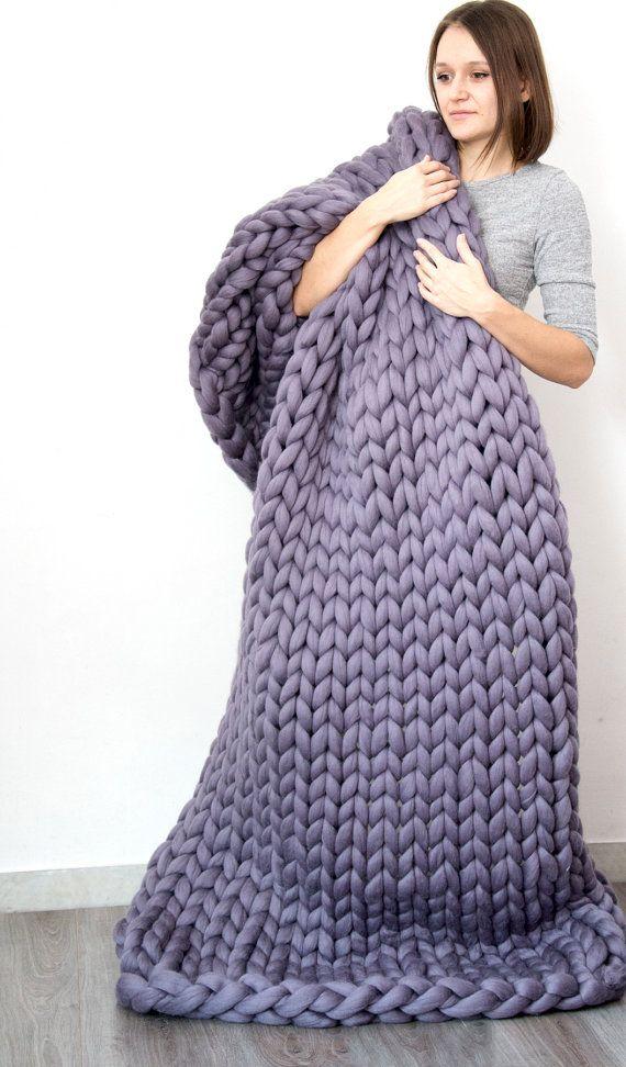 SALE Chunky knit Blanket. Knitted blanket. Merino Wool by bloisem