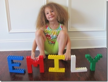 Duplo ABCs and 123s How cute is this @Emily Schoenfeld Wheatley