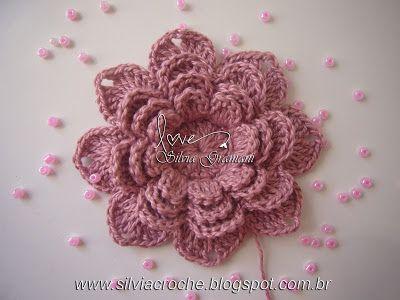 Silvia Gramani: Passo a Passo Flor de Crochê ~ free pattern/photo tutorial