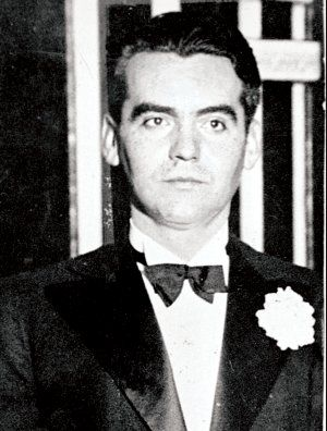 Federico Garcia Lorca achieved international recognition as an emblematic member of the Generation of '27