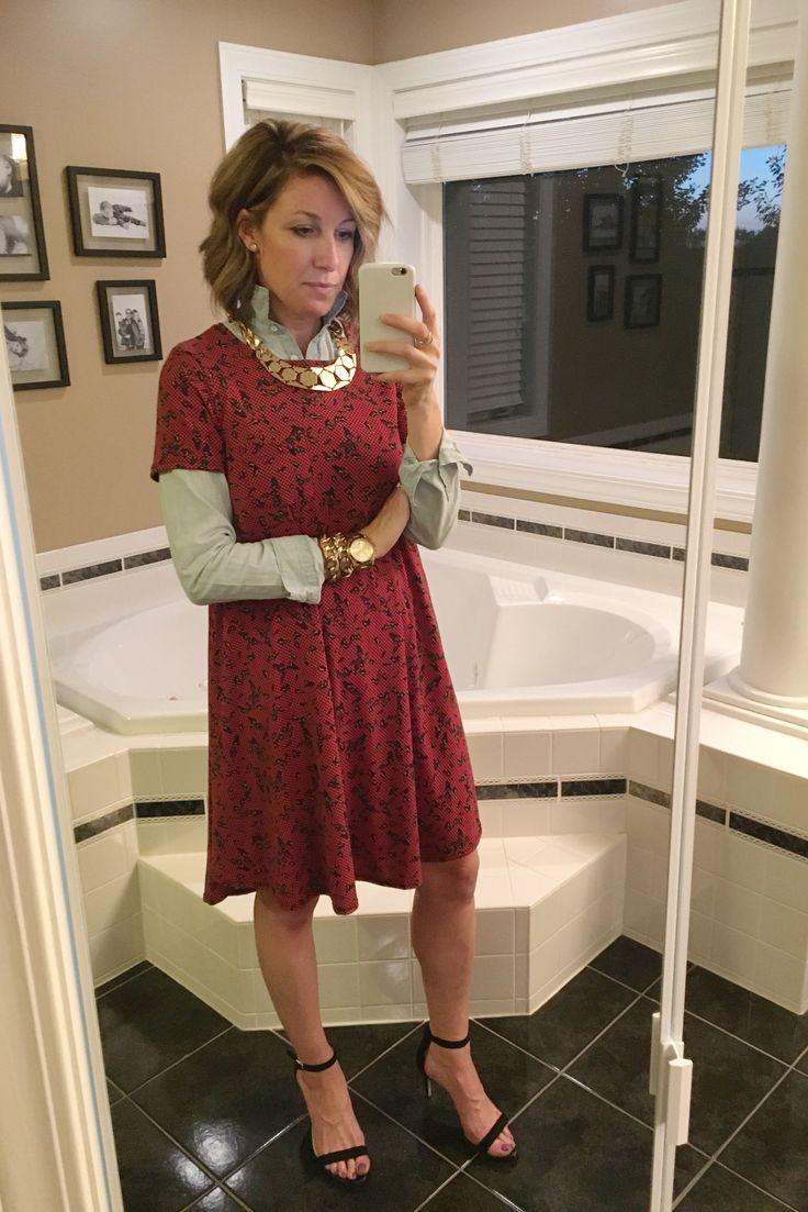 LuLaRoe Carly - styled 6 ways #Lularoe #LularoeCarly #MomStyle