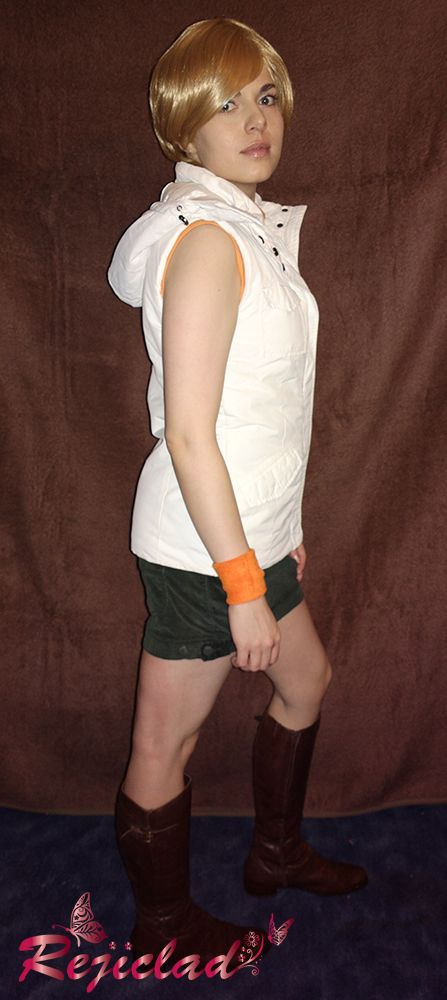 My cosplay of Heather Mason form Silent Hill 3. Feel free to check more pictures here :) http://www.facebook.com/rejiclad.cosplay