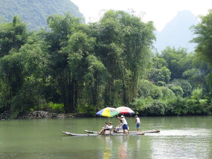 Bamboe raften op de Yulong rivier Reistip - GlobeHopper