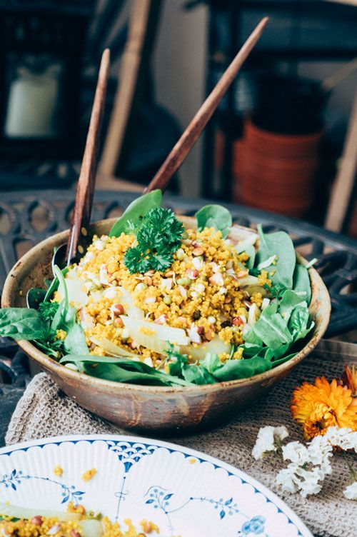 Turmeric Quinoa and Fennel Salad with Arugula, Lentils and Sprouts | goodeatings.com