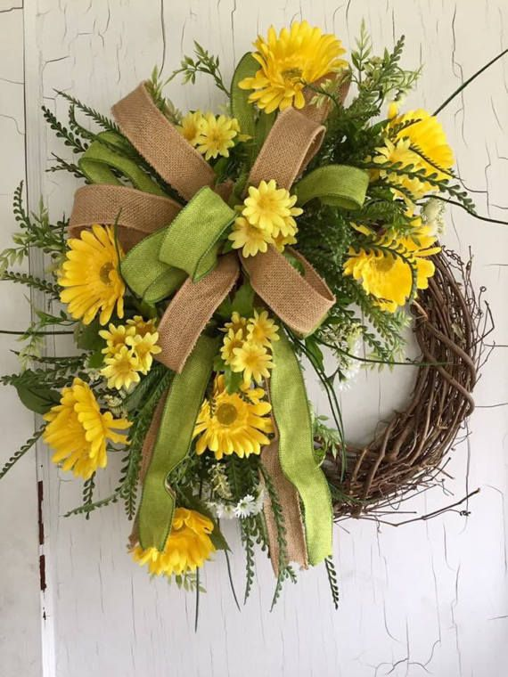 5544 best Wreaths images on Pinterest   Spring wreaths ...