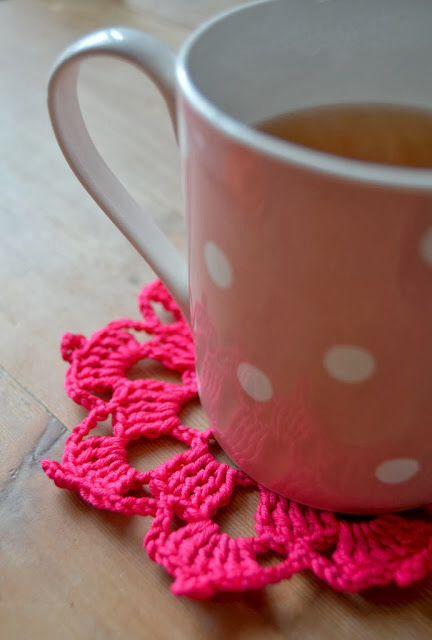 ao with <3 / have a bit of neon feeling crochet coaster / hakenenmeer blog ❤️