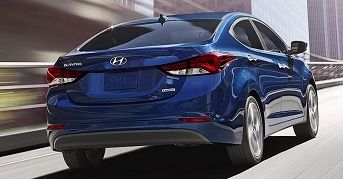 Get great deals during the holiday to lease a Hyundai Elantra!