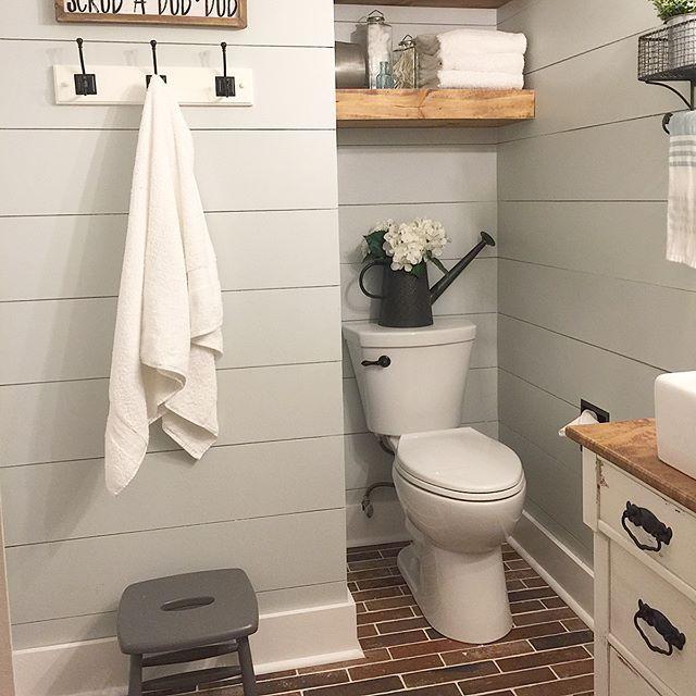 Best 20 Rustic Modern Bathrooms Ideas On Pinterest: Best 20+ Modern Farmhouse Powder Room Ideas On Pinterest