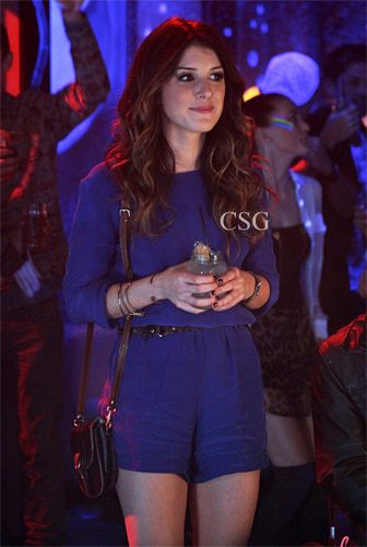 Seen on Celebrity Style Guide: 90210 Style: Shenae Grimes, as Annie Wilson wore a Blaque Label Scoop Neck Romper on 90210 season 5 episode 5 �Hate 2 Love� airs Monday November 12 (8:00-9:00 p.m. ET) on The CW.