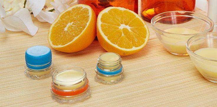 Lippenbalsam im selbst gemachten Gefäß