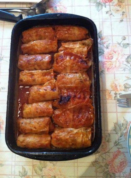 Zapečena sarma od slatkog kupusa - Jela od mesa: http://www.kuvajmo-blogovski.com/2014/02/17/zapecena-sarma-od-slatkog-kupusa/#_