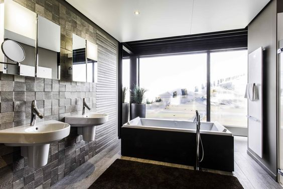 25 beste idee n over houten vloer badkamer op pinterest tegelvloer tegelvloer keuken en - Porcelanosa bad ...