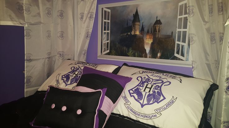 My daughter loves Harry Potter but she loves the color purple, so I created this bedroom for her to incorporate Harry Potter and her favorite color.