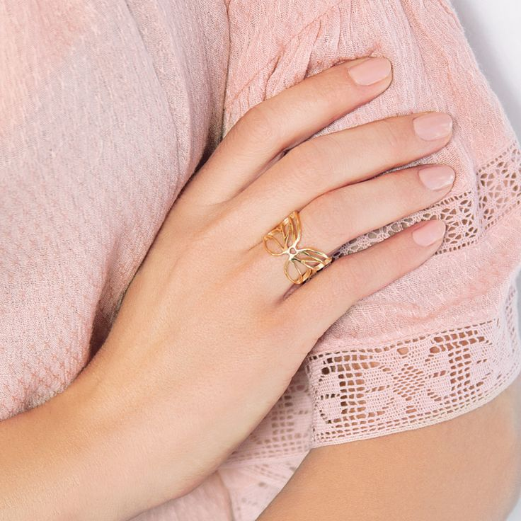 GOLD-PLATED BUTTERFLY RING #bemylilou #ring #jewelry #butterfly #spring