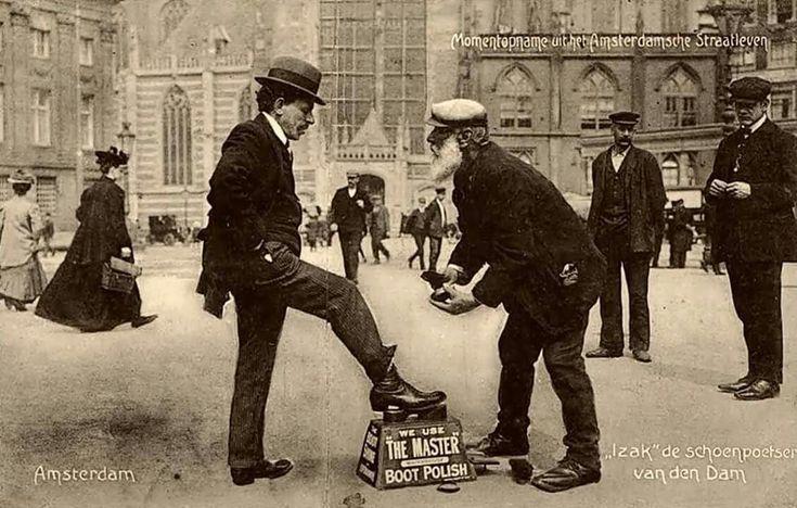 Izak schoenenpoetser van de Dam, Amsterdam 1907