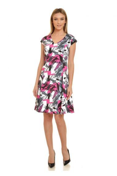 Iti recomandam aceasta rochie in clini pentru zilele insorite din aceasta perioada. Imprimeul abstract cu combinatia de culori alb-roz-gri atrage privirile si sugereaza faptul ca cea care o poarta este o persoana vesela, activa. , rochia are croiala in cl...