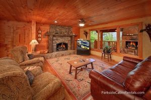 3 Tips on Having the Perfect Gatlinburg Cabin Christmas - We at Parkside Cabin Rentals want to help make this a reality for families this holiday season by providing 3 essential tips on how to have the perfect Christmas celebration inside one of our luxurious cabin rentals. Click pin to read more!
