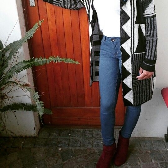 Marooned heels,blue denim jean and a maxi cardigan.