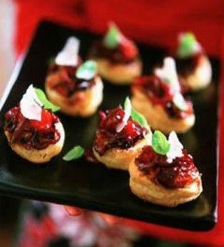 Canap s tarte tatin food gifts and canapes for Canape aperitif