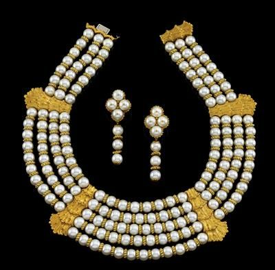 A Buccellati cultured pearl jewellery set