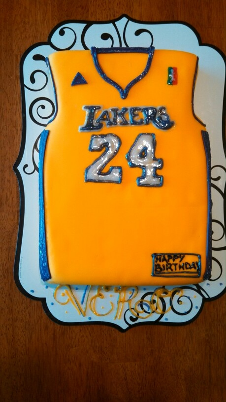 LA Lakers Jersey cake Ball birthday parties, Ball