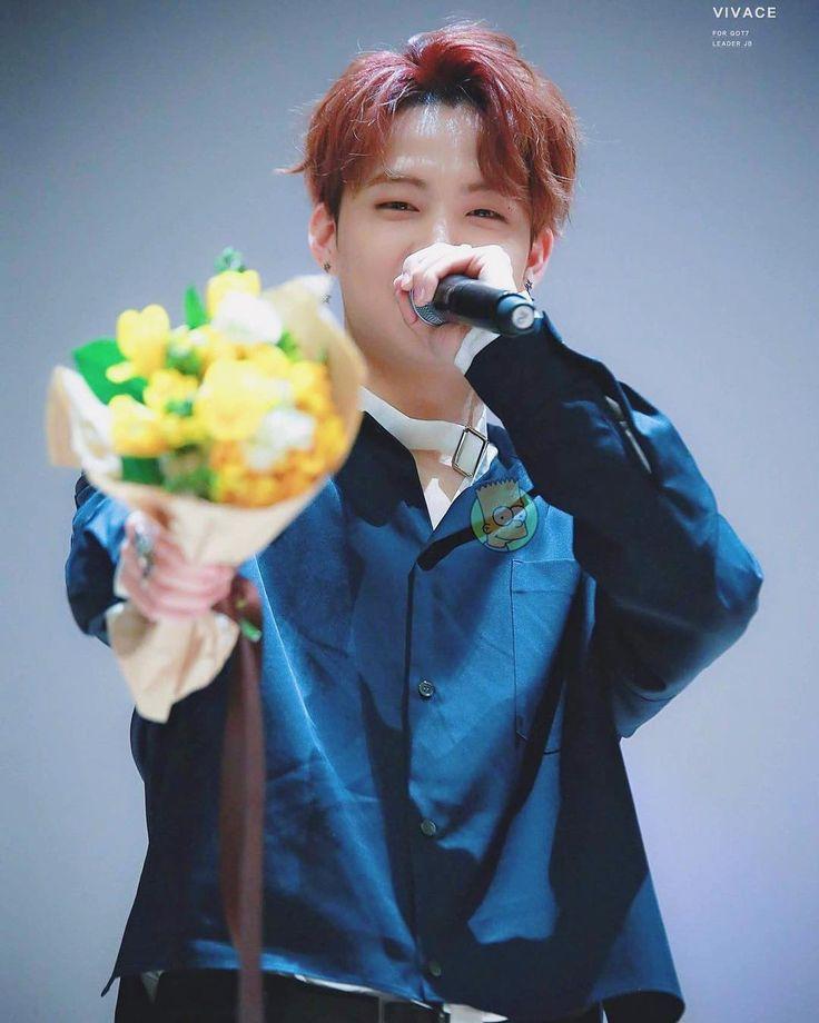 Flores para mim? Obrigada amor!!