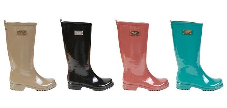 Lastik yağmur çizmeleri rengarenk alternatifleriyle #ANKAmall #NineWest mağazasında sizleri bekliyor.