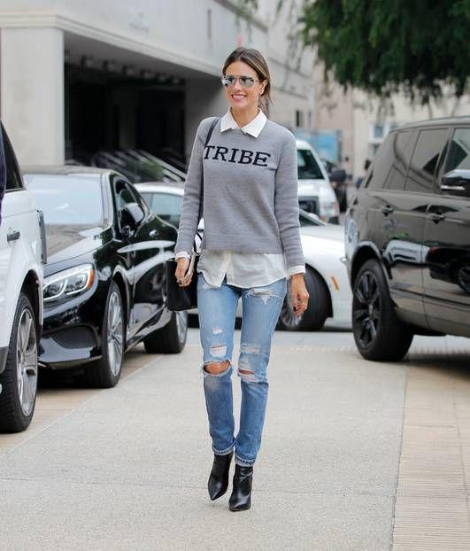 Destroyed Denim, also abgewetzte Jeans mit ordentlich Löchern, sind gerade ein…