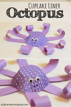 DIY Craft: Cupcake Liner Octopus Craft for Kids - This is such a cute, easy-to-make ocean craft that toddler, preschool, prek, kindergarten, and first grade kids will love making (kids activities, summer crafts)