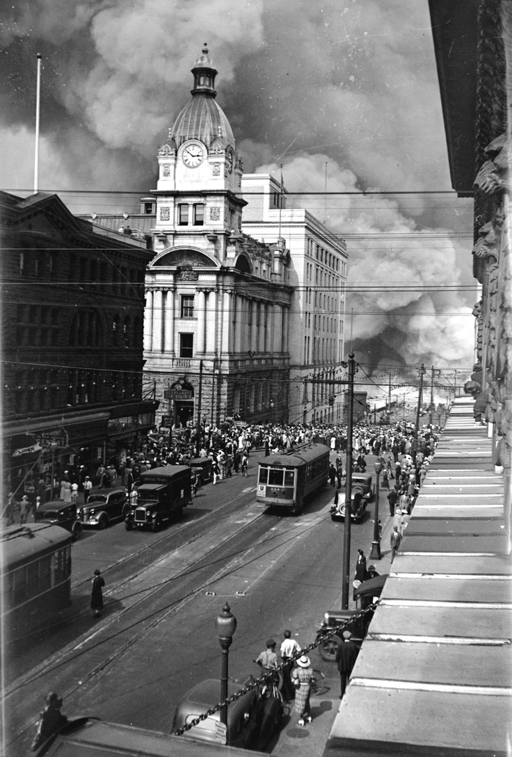 """The fire at CPR's pier """"D"""" on July 27, 1938 - Vancouver, BC"""