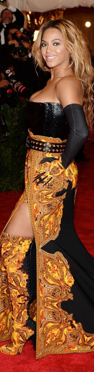 Red Carpet Glamour-Beyonce in Givenchy Haute Couture at The 2013 Met Gala  | The House of Beccaria #
